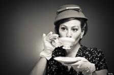 Retro Tea Time Girl